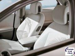 Nuova Hyundai IONIQ 5 - Interni (2).jpg